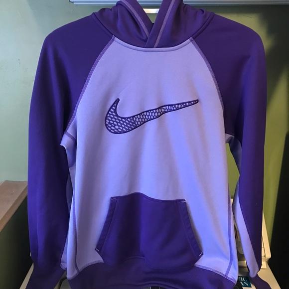 Nike Tops - Women's Nike sweatshirt